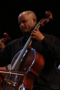 Orquestra de Cordas da Grota proporciona ensino musical gratuito